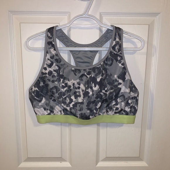 Old Navy Other - Printed sports bra